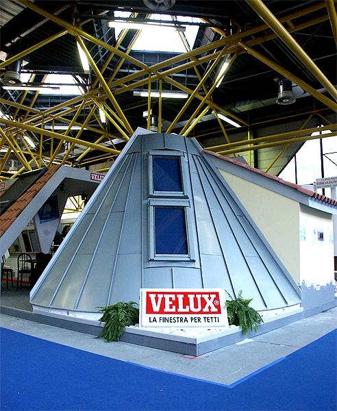 Veneziane senza fili e tende a batteria due modi di for Velux installatori