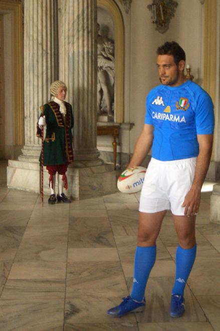Forchets firma la campagna TV con produzione Casta Diva Pictures Testimonial d'eccezione: la nazionale italiana di   Rugby