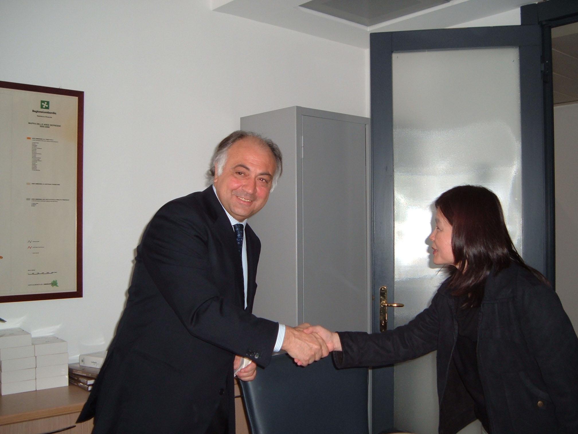 Con un incontro in Regione Lombardia  si apre il mercato dell'Asia per i mobilieri italiani
