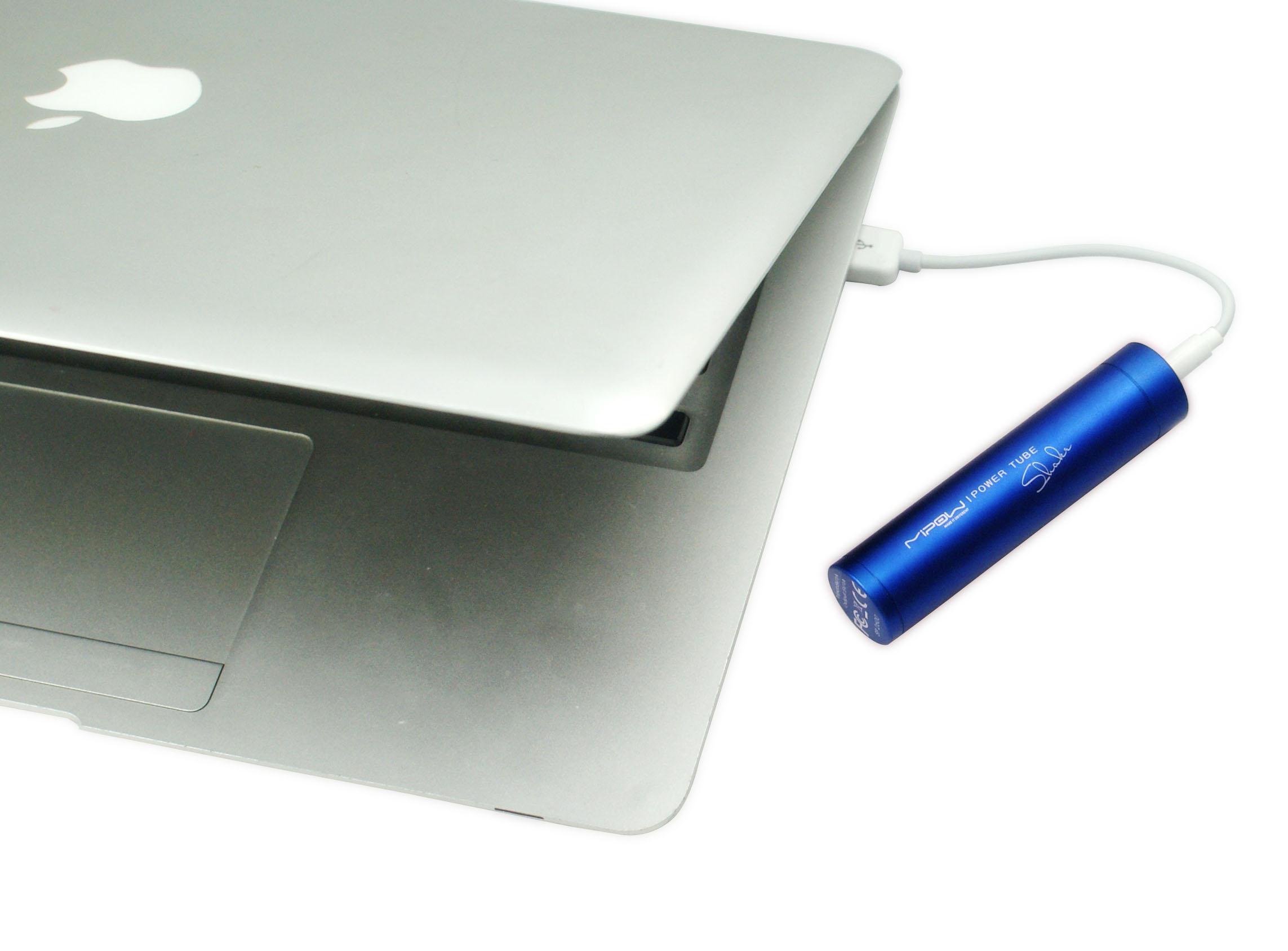 Eleganza premiata e tecnologia affidabile: da MiPow due accessori per smartphone, tablet e console