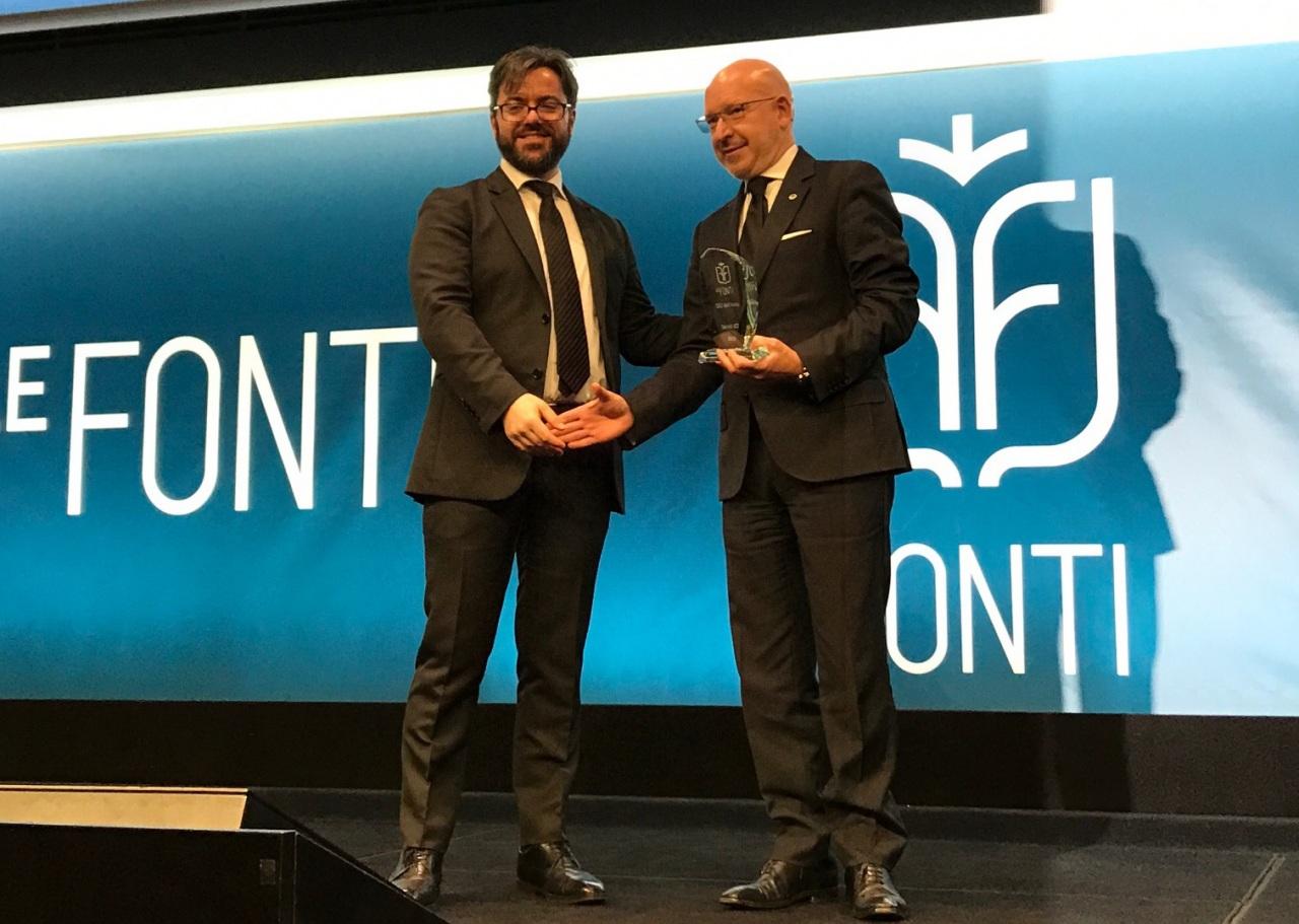 Premio Le Fonti a Hitachi Systems CBT come impresa e CEO dell'anno