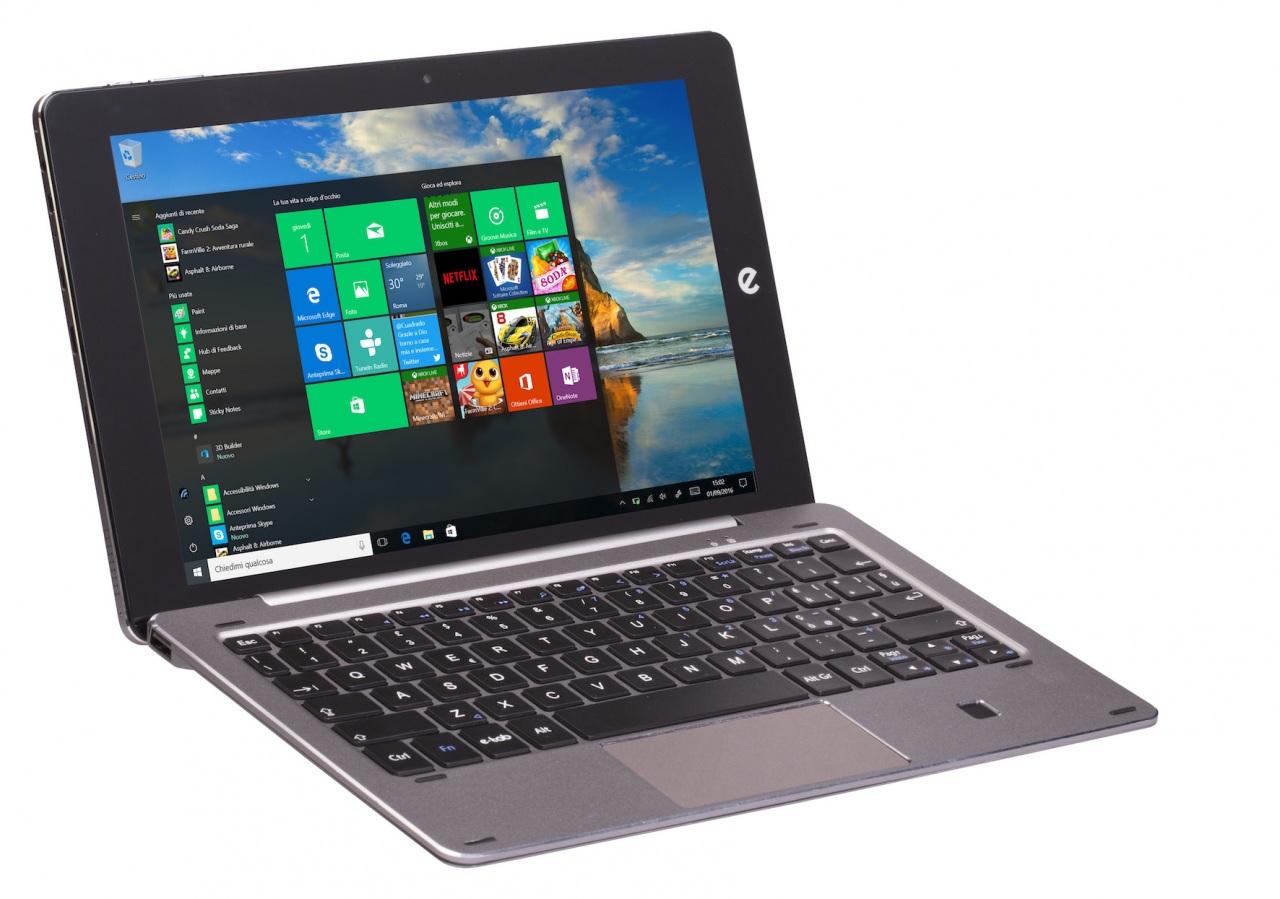 Natale utile e a grandi prestazioni con la tecnologia di e-tab Pro e i suoi accessori trendy