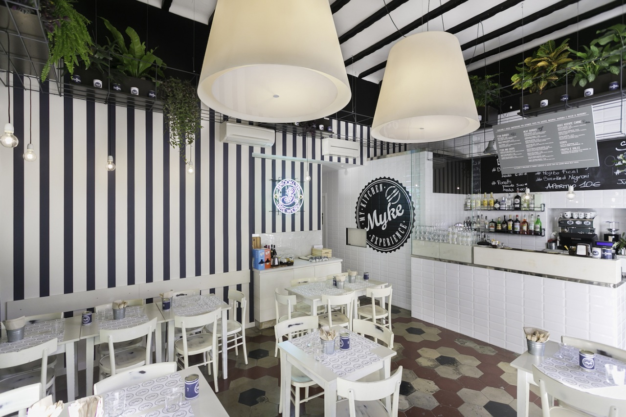Nuovo design per il milanese Myke Fish&Burger Bar. La firma è di Hit arcHITects