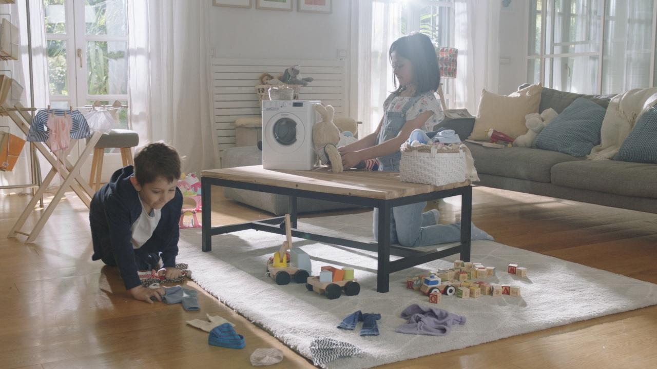 #DoItTogether: la parità di genere s'impara fin da piccoli nel nuovo film di J. Walter Thompson Italia per Indesit, prodotto da Bedeschifilm