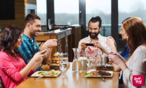 A Natale panettone forever e tutti al ristorante: SnapFood indaga sulle abitudini degli italiani durante le Feste