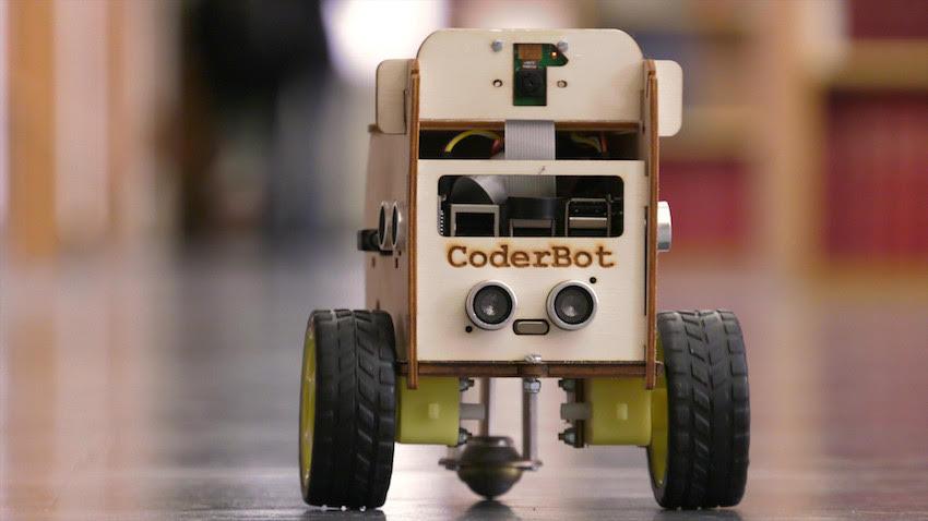 Obiettivo raggiunto per CoderBot, il robot per giocare a pensare
