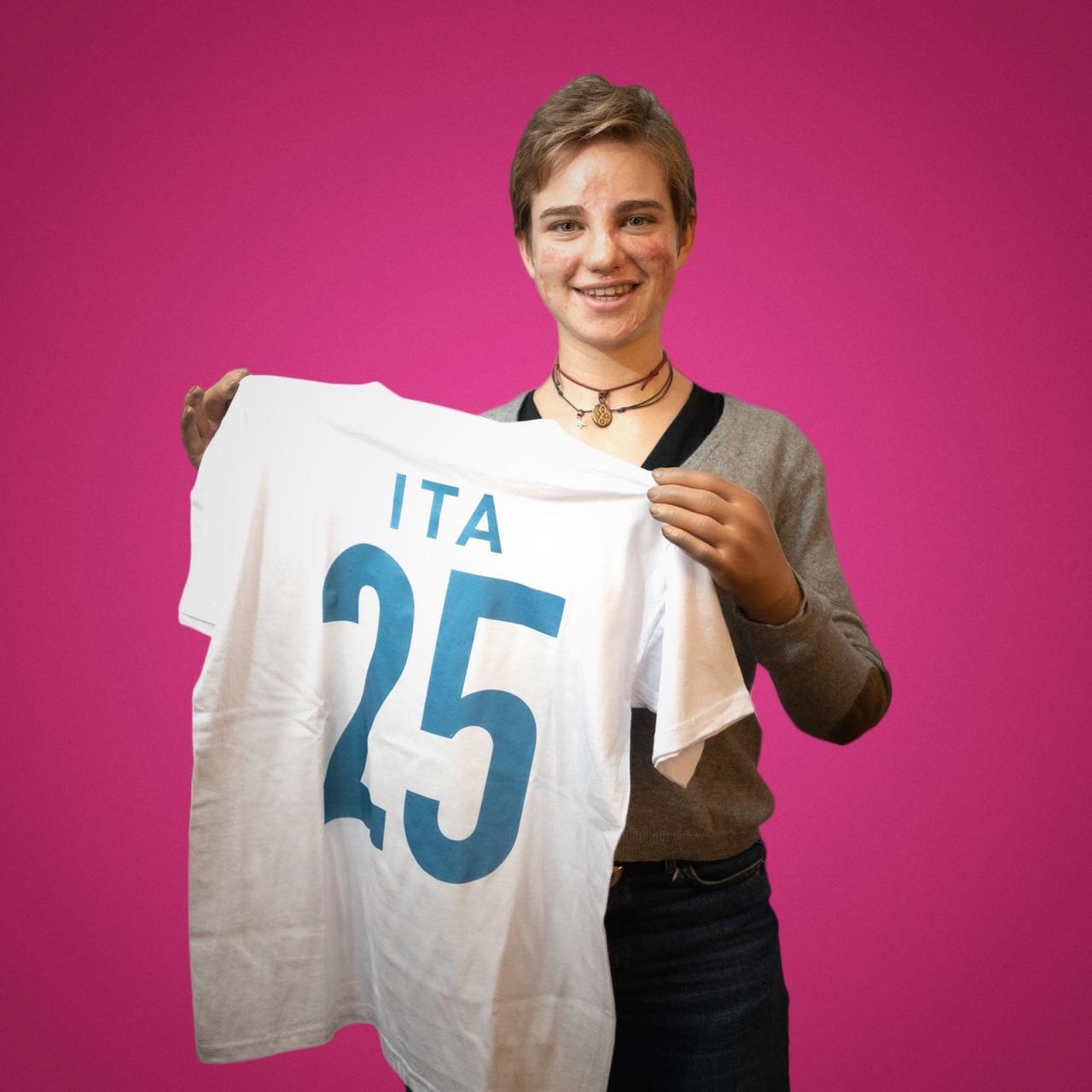 """#sempre25novembre: al via la campagna """"rosa"""" di Sorgenia, con Bebe Vio"""
