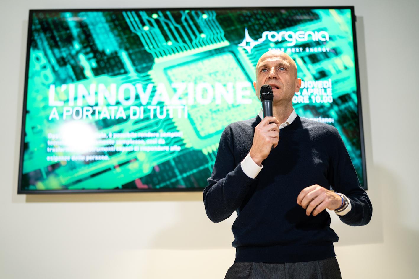"""Massimo Banzi oggi in Sorgenia per parlare di """"innovazione alla portata di tutti""""."""