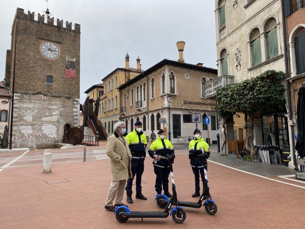 La-Polizia_a_Venezia